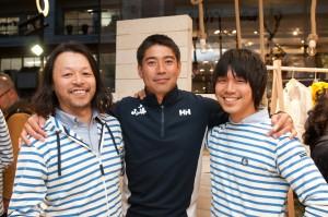4月20日にはオープンセレモニーが開催されセーラーの白石康次郎さん(中央)が訪れた
