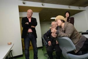 左から高橋タダミさん、柏村勲さん、家泉早苗さんの審査員各氏。。一番奥は永井真美JSAF環境委員長(写真/濱谷幸江)