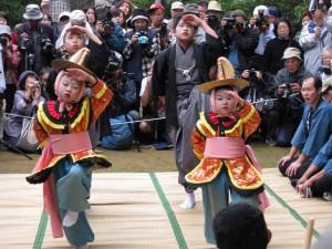 岡山県の牛窓に古代から伝わる舞踊「唐子踊り」(水域紹介シリーズの12P参照)