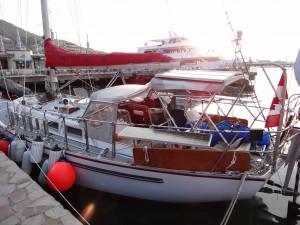 日本一周を続けるカナダ人カーク・パターソンさんの愛艇SILK PURSE(写真提供/石川彰・南北海道外洋帆走協会)